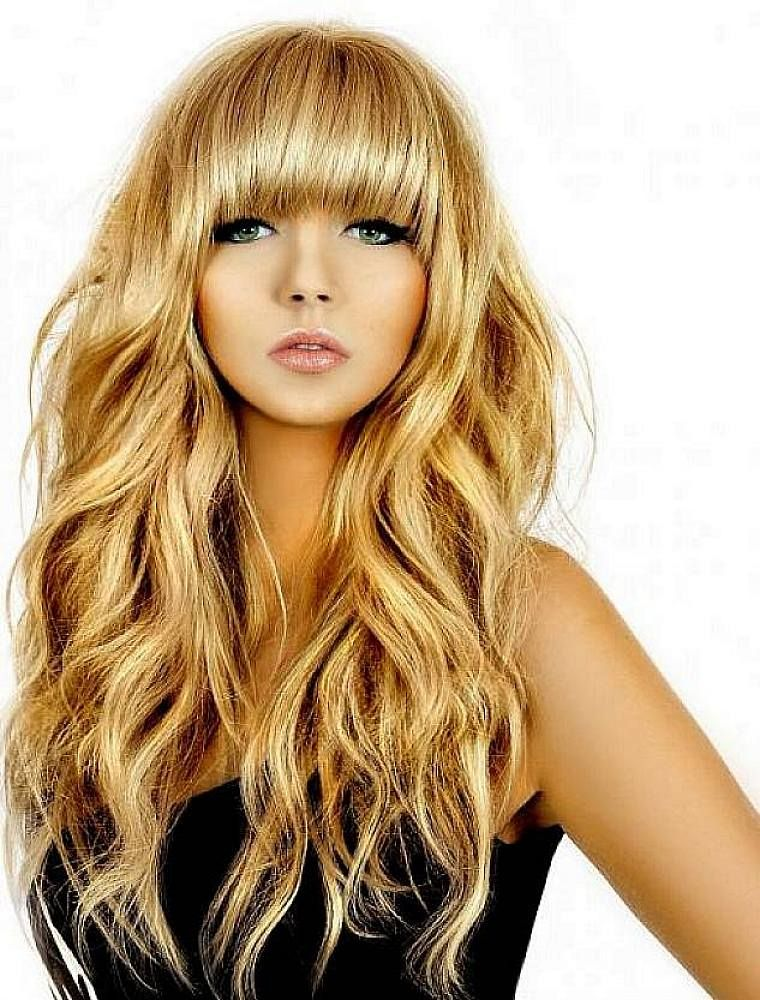Cute Thick Blonde Hairstyles with Blunt Bangs for Long Coarse Wavy