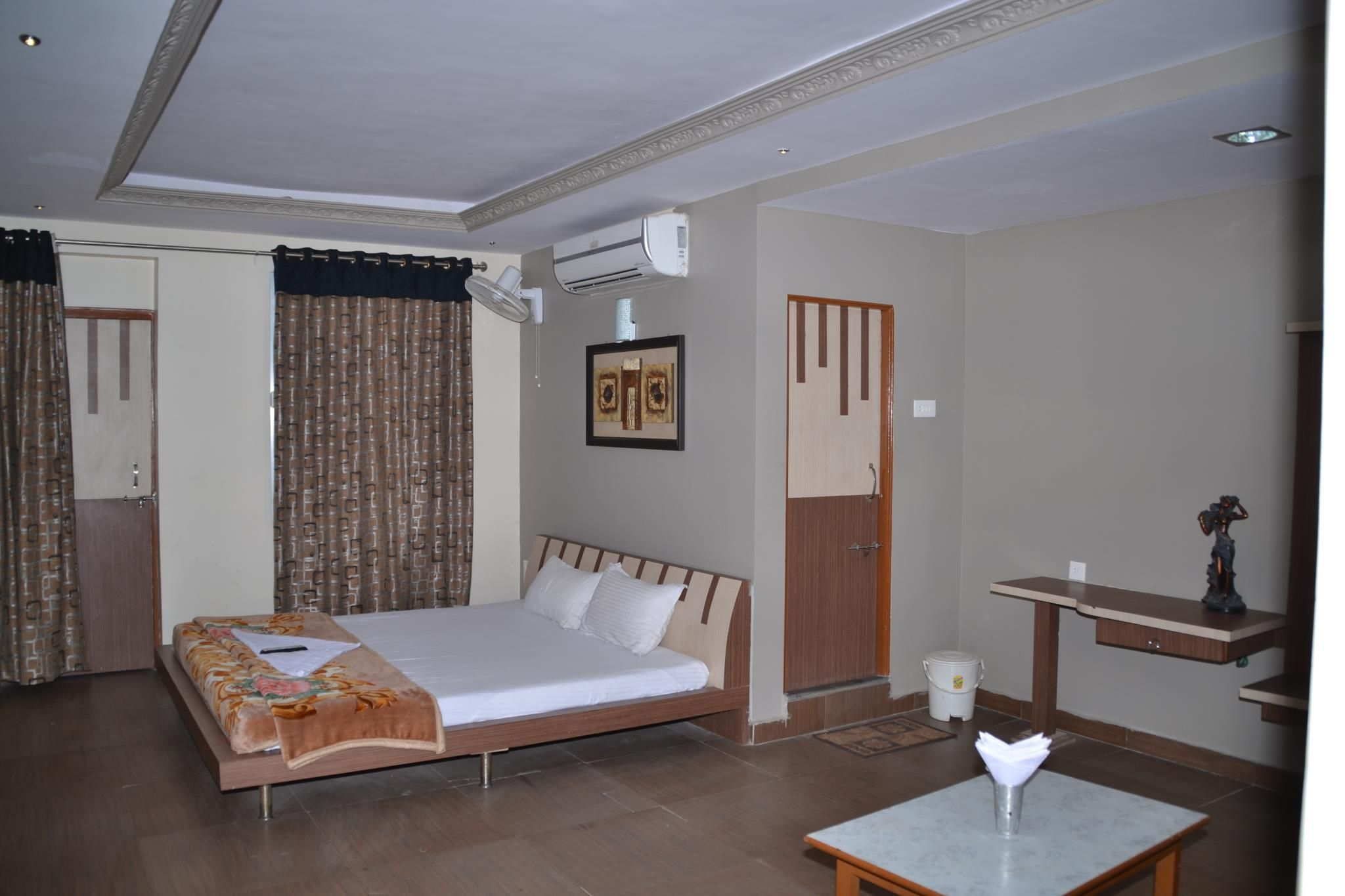 Hotel Sunrise N Resorts Nagpur, India