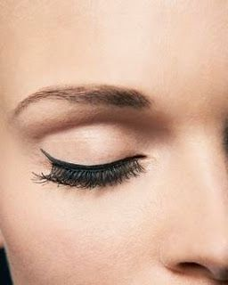 Mario Dedivanovic Tells You How To Stop Eyeliner From Smudging   Rouge 18
