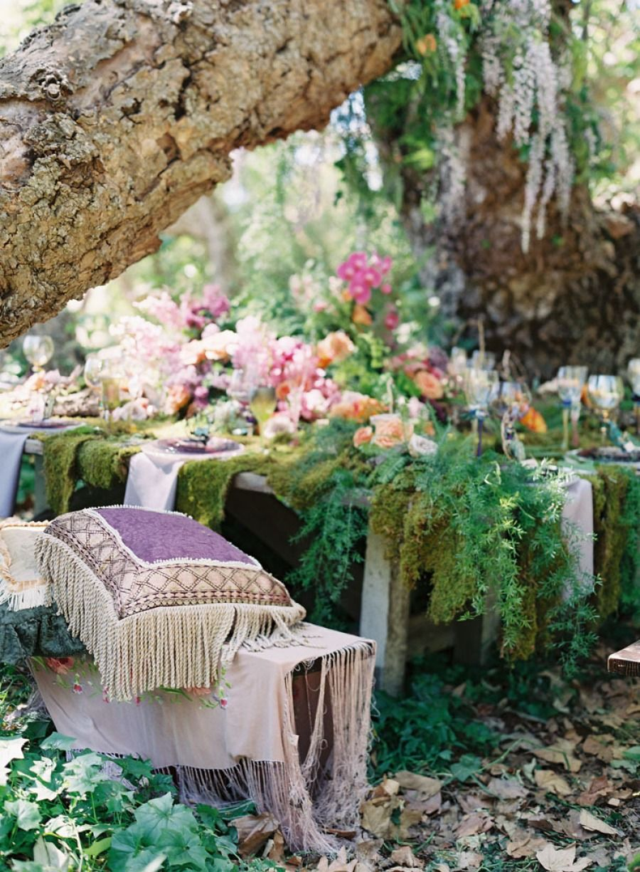 Outdoor garden wedding decoration ideas  Disorganized  pic nik  Pinterest  Outdoor living