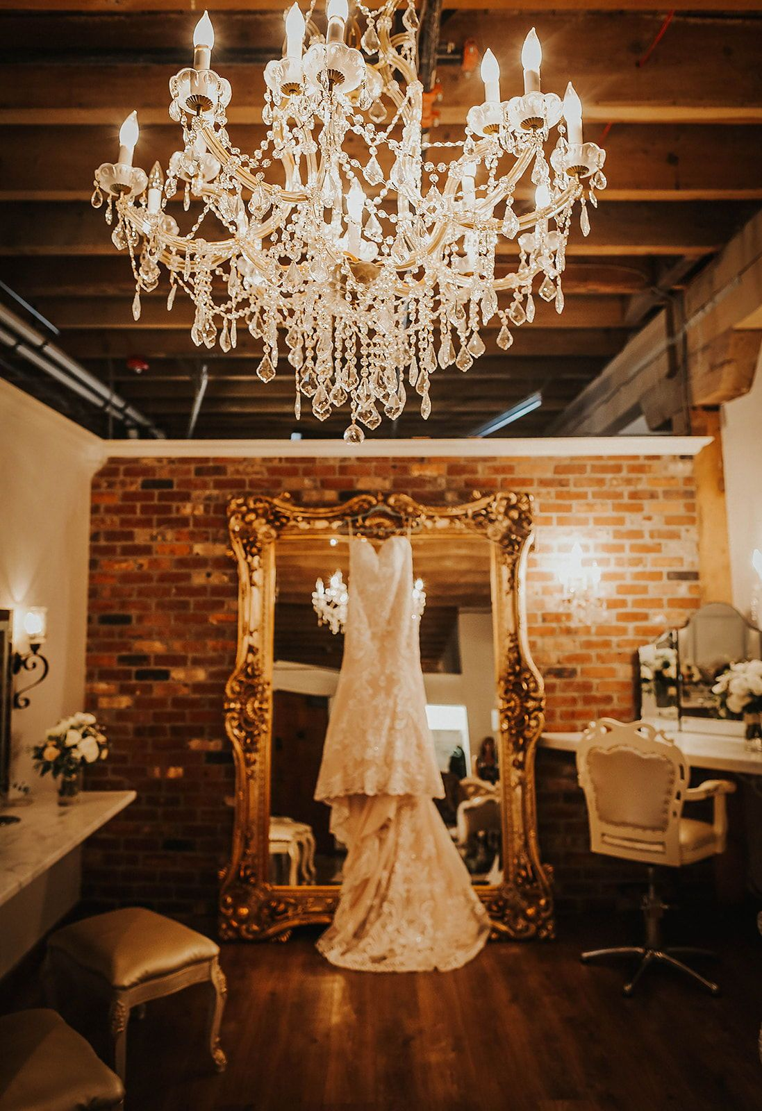 Stunning Wedding Dress Photo In Our Luxury Bridal Suite The Mcginnity Room In Downtown Spokane Is An Elegant Was Bridal Suite Decor Bridal Suite Brides Room Luxury bridal room pictures