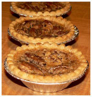 Tartelettes aux pacanes et à l'érable | Mini tarte, Idée recette, Recette