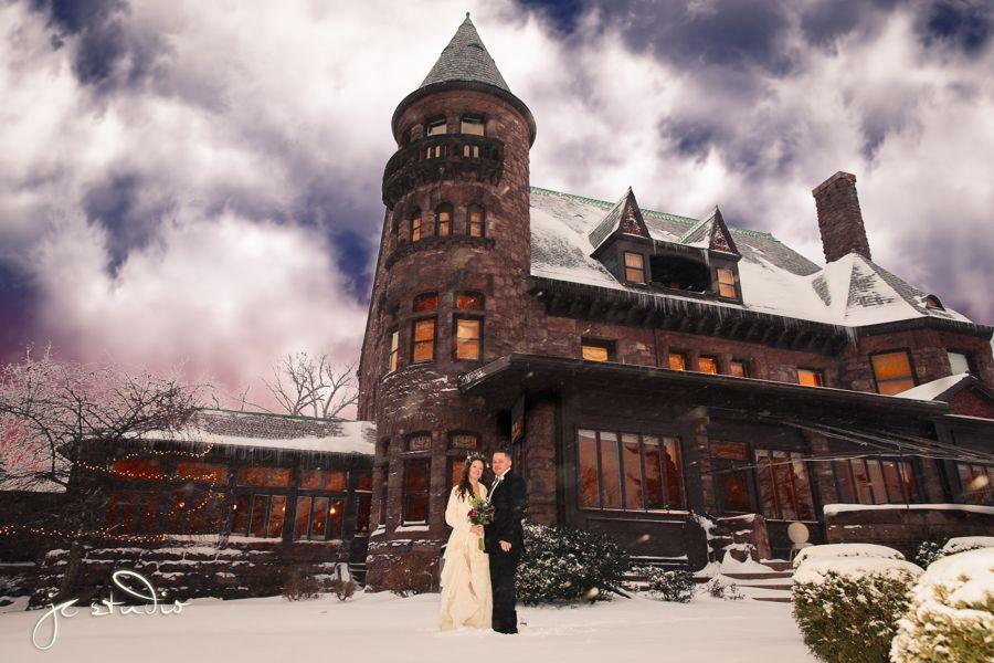 wedding couple portrait at the belhurst castle