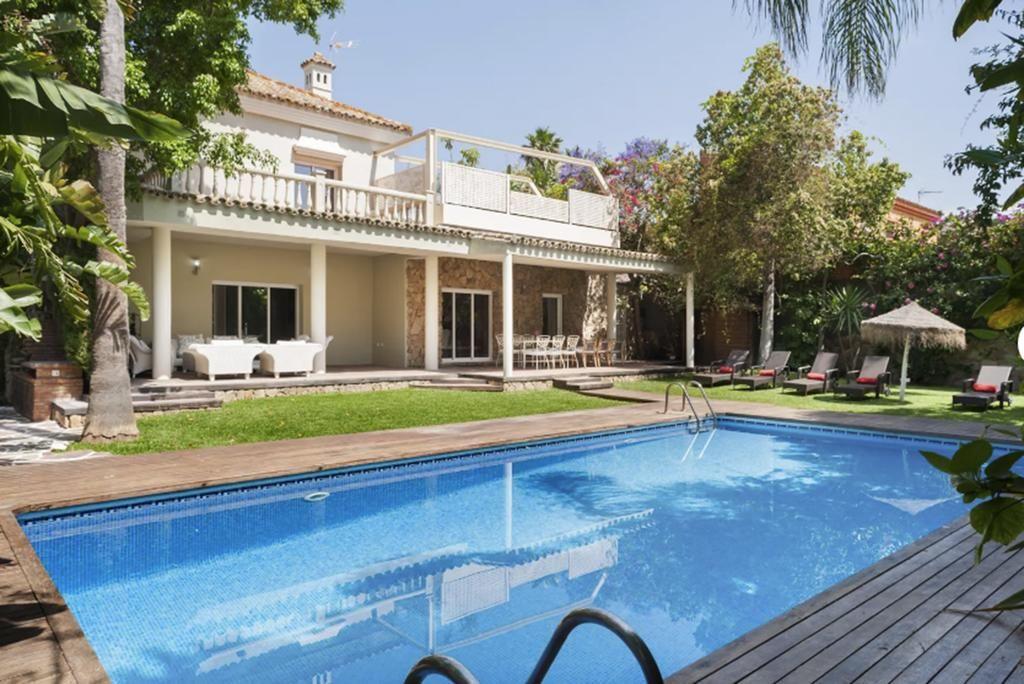 Villa Con Jardines El Puerto De Santa María Precios Actualizados 2018 Jardines Villa Hotel