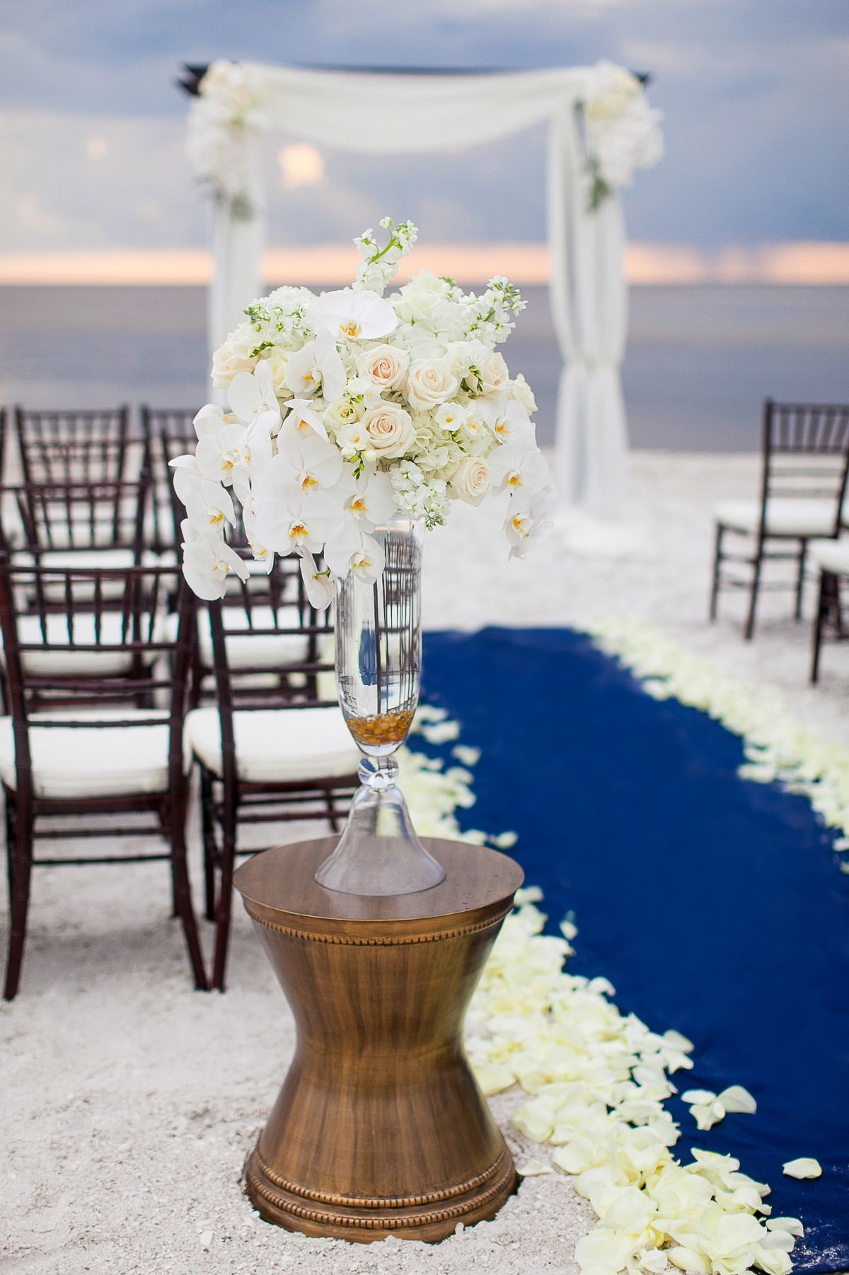 Gold & Navy Inspiration Shoot From Fabulously Chic