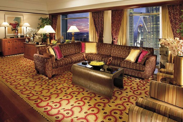 Luxury hotel offers packages petrona towers
