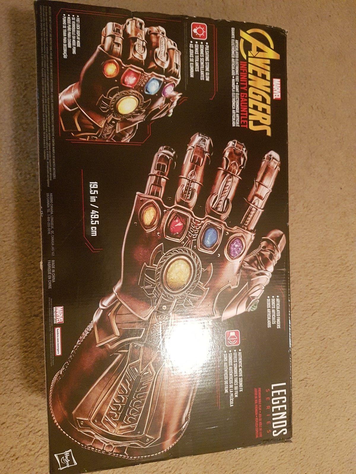 Marvel Legends Avengers Infinity Gauntlet Thanos - in Hand