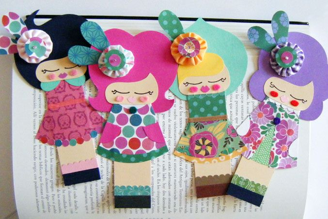 Lot of details in one little piece ~ Made of paper, fabric, felt & ribbon ~ Dolls Bookmark from MelopidoBlogspotCom ~