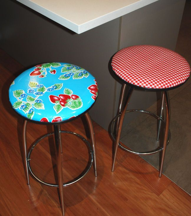 Home Styles Arts Crafts 24 In Counter Stool: Bar Stools Covered With Oilcloth