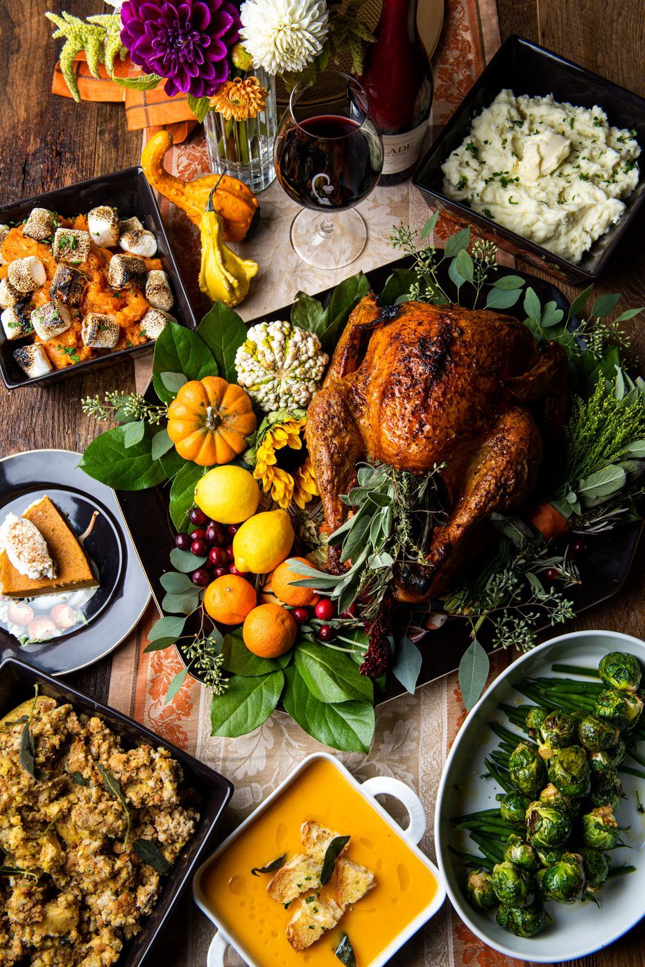 125 Restaurants And Bars Open On Thanksgiving Day In North Texas Thanksgiving Dinner Restaurant Dinner Traditional Thanksgiving Recipes