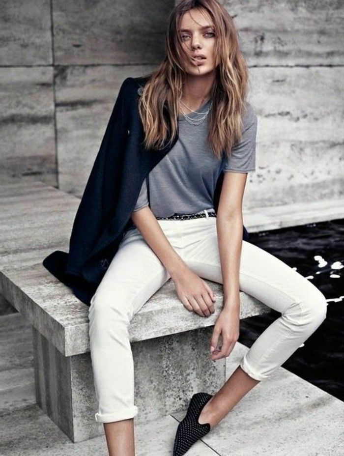 ba1fdd5cd83ea6 comment s'habiller selon sa morphologie, jeans beige slim design pour les  femmes modernes