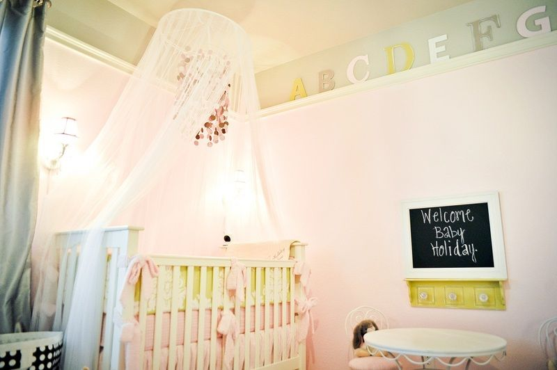 {Project Nursery Round-up: lovely crib canopies} #nursery