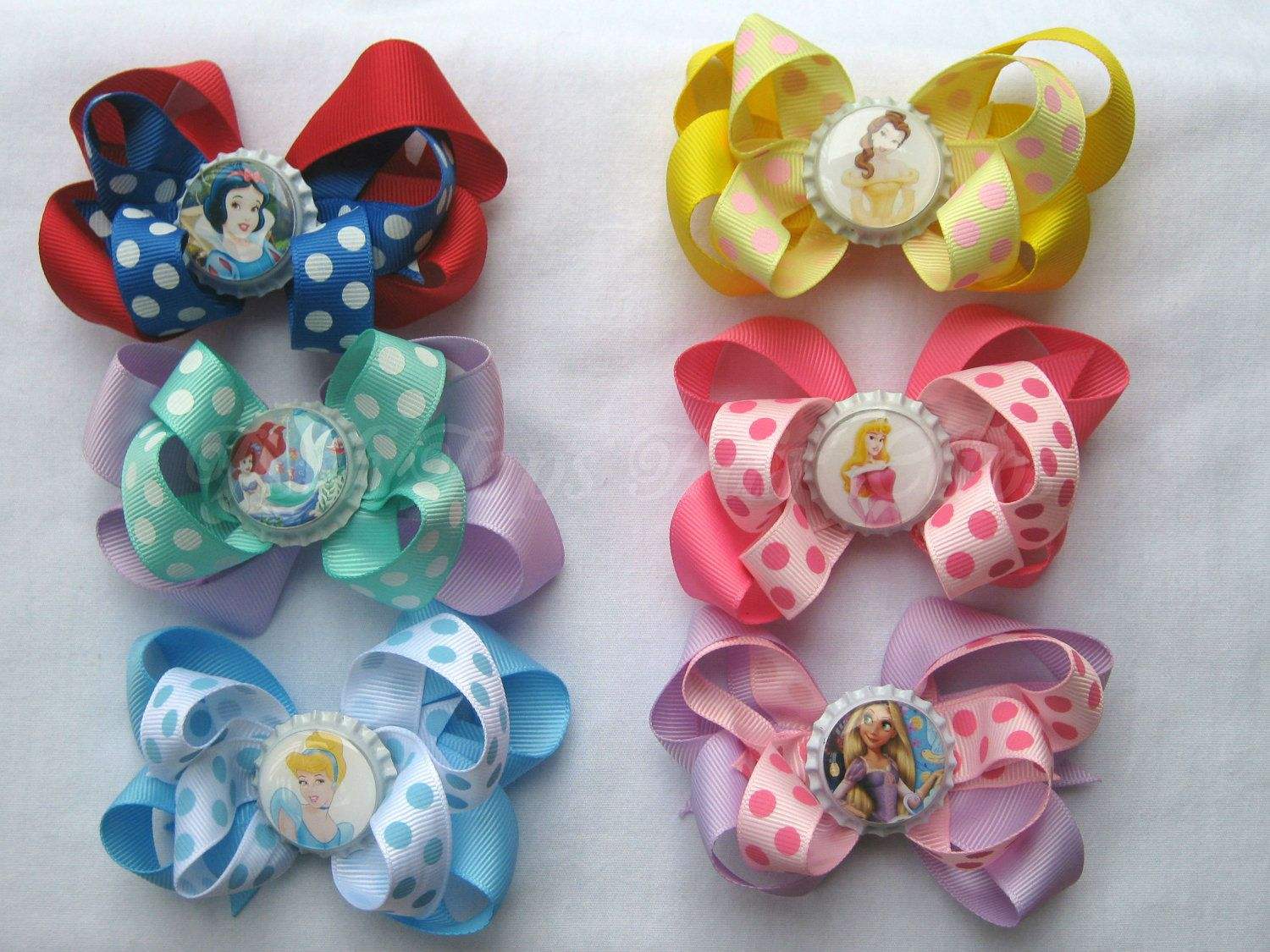 Bottlecaps With Bows Princess Bottle Cap Bows Lot Of 6 Bows You By Poshtopshairclips Diy Bow Bows Etsy