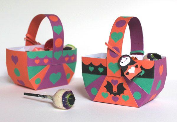Halloween Russian doll party ideas: Papercraft template decorations for a fun Halloween fiesta! #spookybasketideas