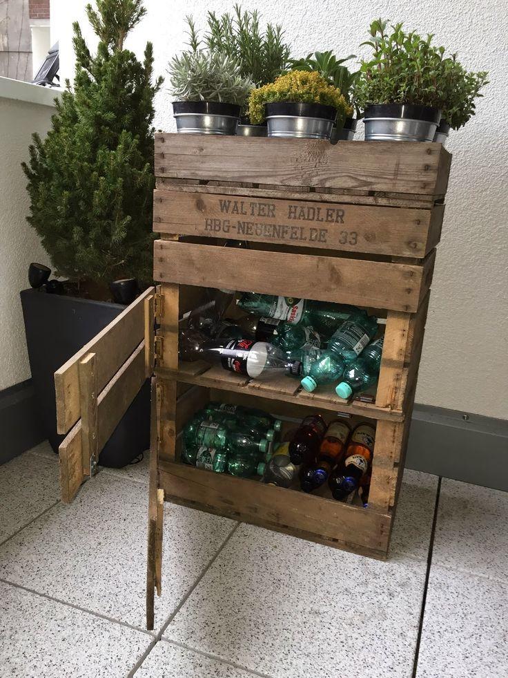 diy regal altflaschen in einem aus alten weinkisten verstauen regalos para novios