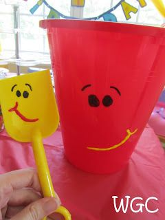 Blue's Clues Shovel And Pail : blue's, clues, shovel, Wayward, Girls', Crafts:, Birthday, Party-, Blue's, Clues, Party,, Parties,, Blues
