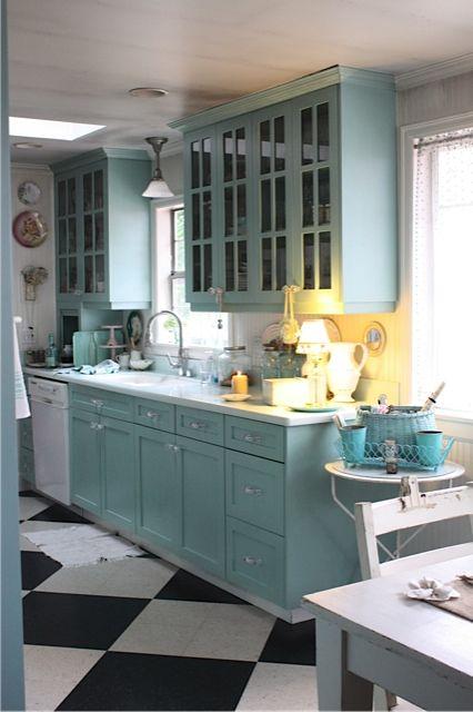 Bungalow Kitchen Ideas: My Sweet Savannah: ~an Eclectic Beach Bungalow~