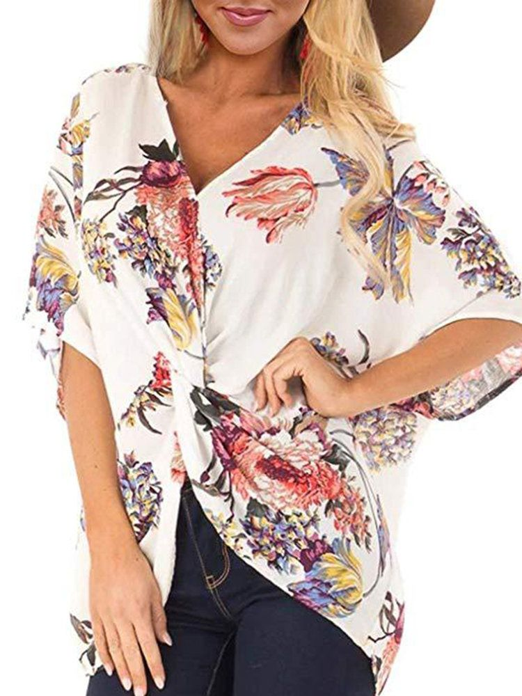 0c70847e3fce31 Casual Floral Print V-neck Half Sleeve Plus Size Blouse in 2019 ...