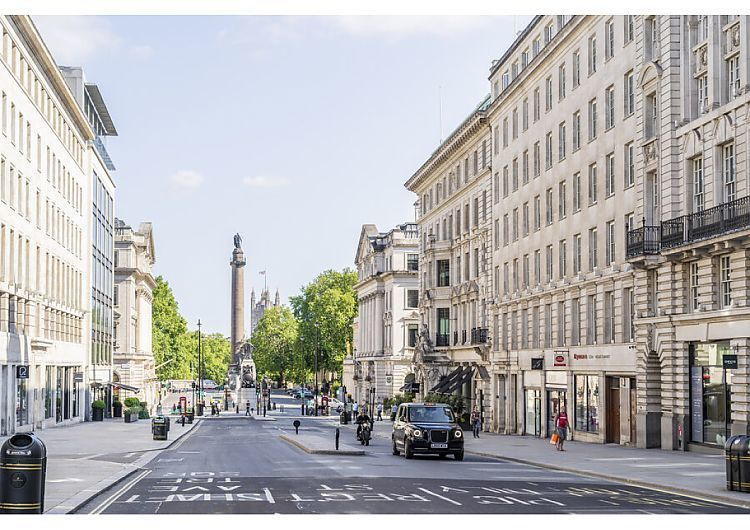 A4 Hahnemuhle PHOTO RAG 308gsm Fine Art Paper. Regent Street, St James's, London, England, UK. . Image supplied by AWL Images