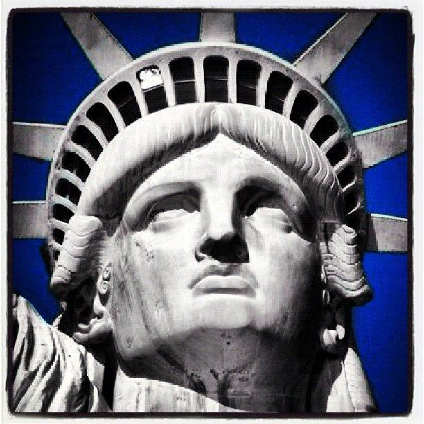 Statue of Liberty #newyork #newyearsday #blue #altexpo #travel #america #igers #jj #igdaily #statueofliberty #love #instagramhub - @dijidumpkin- #webstagram - www.nps.gov