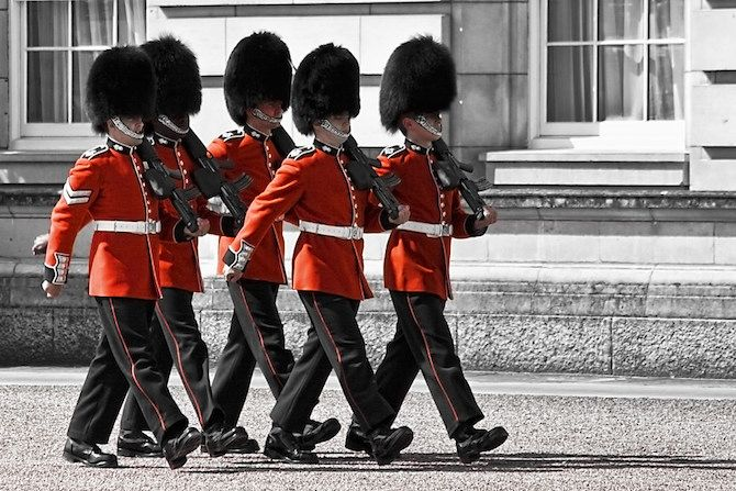 Image credit       Watching the Changing of the Guards with Kids for British Pageantry at its' finest!   Changing of the Guards at Buckingham Palace is the ceremony where the Old...more