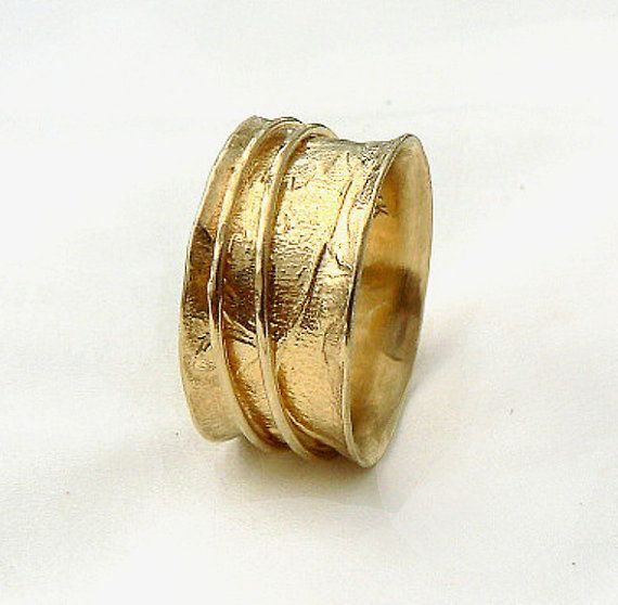 Beautiful semiwide gold spinner ring, women's wedding ring ...