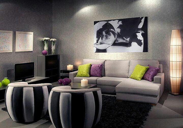 decoración con complementos morados