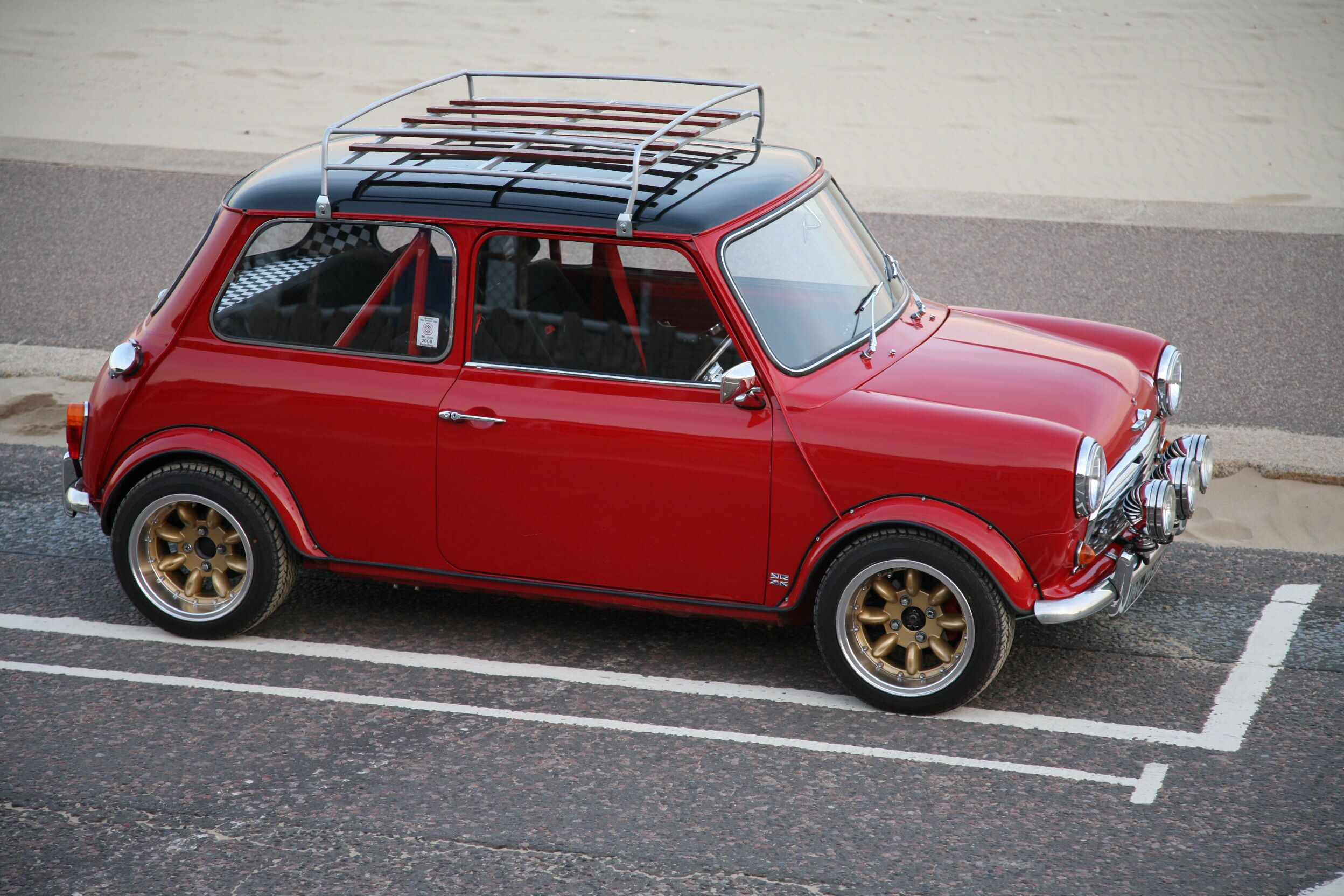 mini a mk1 with wind up windows classic cars. Black Bedroom Furniture Sets. Home Design Ideas