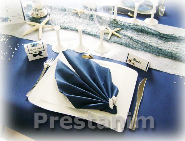 Decoration bapteme theme mer bleu marine et blanc - Pliage serviette theme mer ...