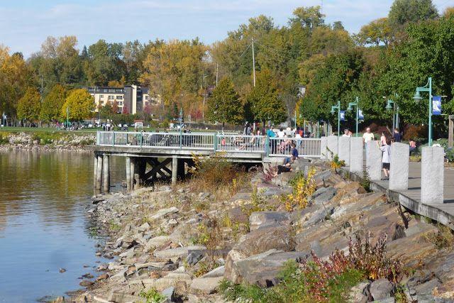 Burlington Vt Boardwalk And Adjoining Bike Path Along Lake Champlain
