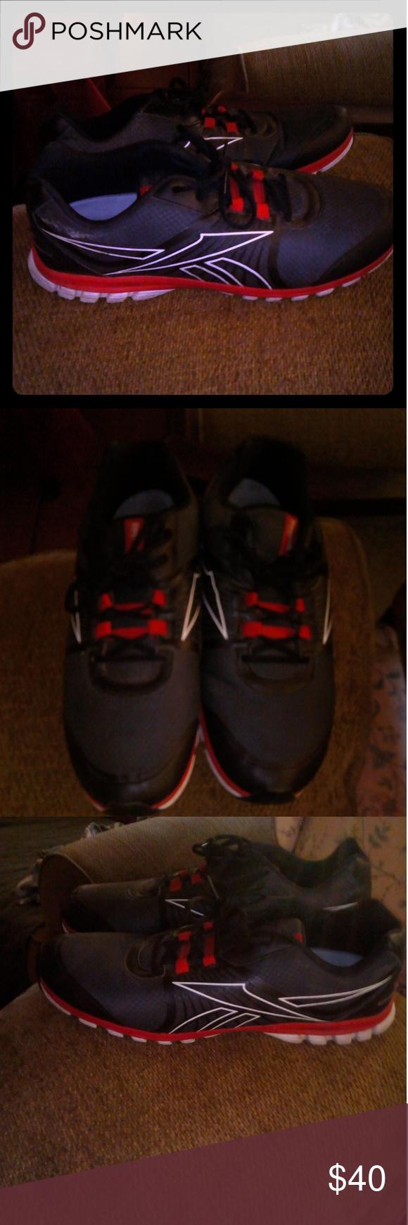 Reebok size 15 mens running shoes