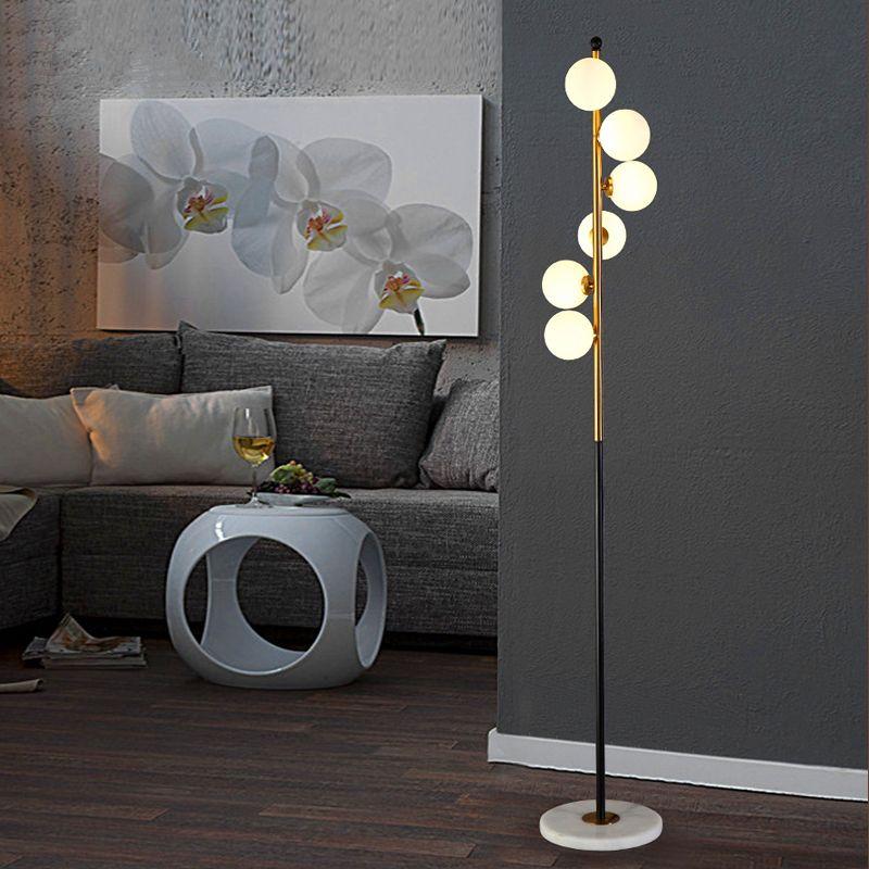 Bon Pas Cher Nordique Conception LED Creative Chambre Lampadaire Salon Lumières  Simple Post Moderne Lampadaires, Acheter Lampadaires De Qualité Directement  Des ...