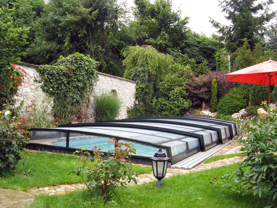 Retractable Swimming Pool Enclosure Corona Ipc Team Pool Enclosures Swimming Pools Swimming Pool Enclosures
