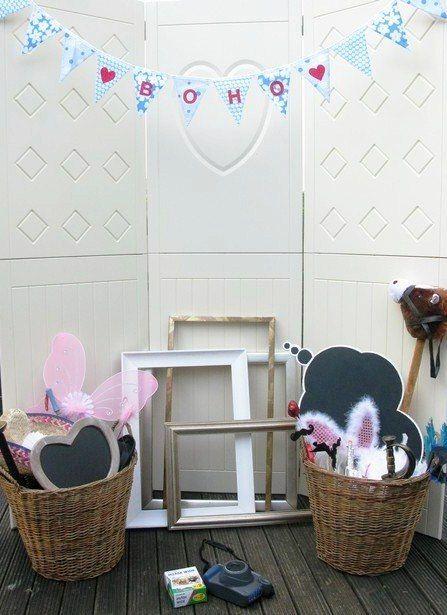 Inspiration Friday: The Boho photo Booth