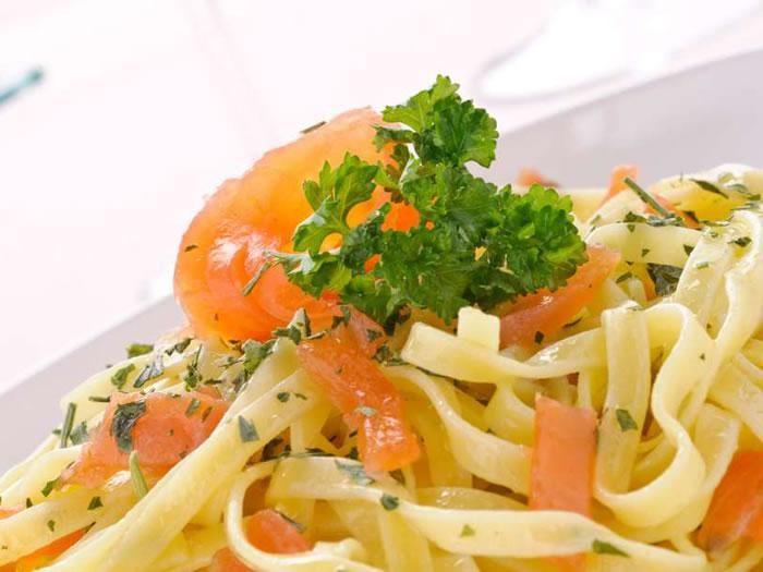 سمك السلمون والباستا Salmon And Pasta Recipes Featured Recipe Food