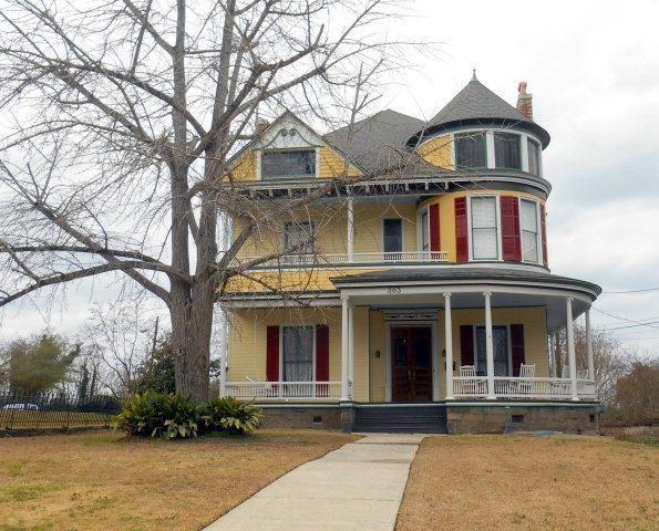 Check Out The Home I Found In Macon Old Houses For Sale