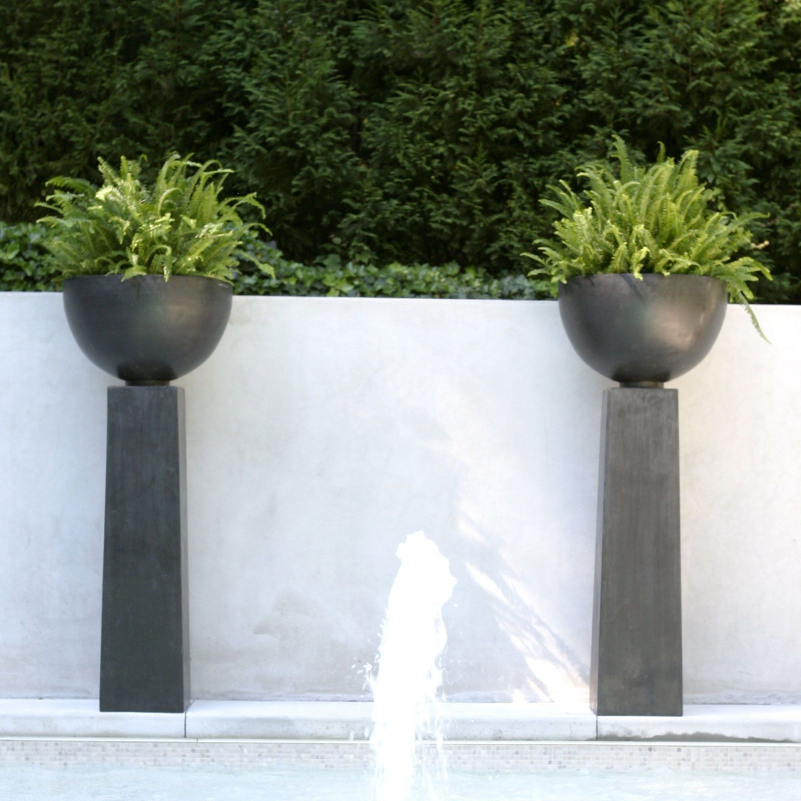 15 Outstanding Contemporary Landscaping Ideas Your Garden: Have To Have It. Fiberclay Aruba Planter On Pedestal $428