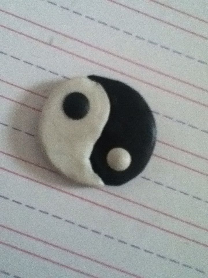 This Yin&Yang polymer clay charm was inspired off of YouTube. It's super easy to make, and if you cannot make it yourself use the following link to help yourself: https://komalsdiyart.wordpress.com/  Or you may visit the website in my bio and find the post. ~Happy crafting~