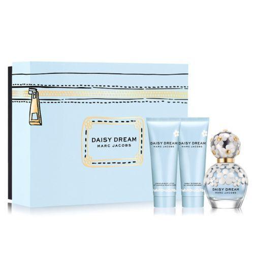 Marc Jacobs Daisy Dream Eau de Toilette 50ml Gift Set - Boots ...