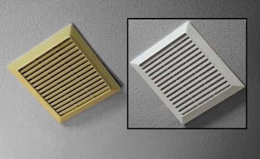 Le Truc Facile Pour Blanchir Du Plastique Jauni Par Le Temps Recipe Diy Cleaners Bathroom Exhaust Fan Bathroom Exhaust