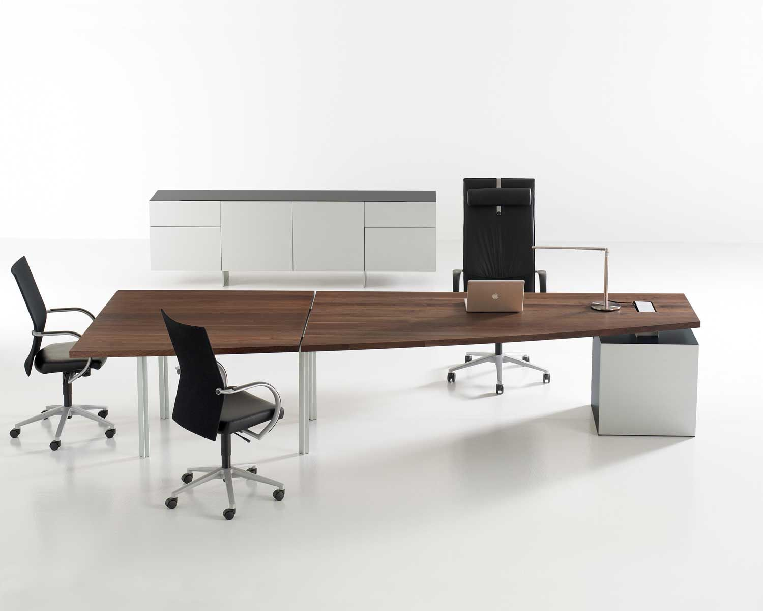 What S Hot A Minimalist Office Design Modern Office Furniture