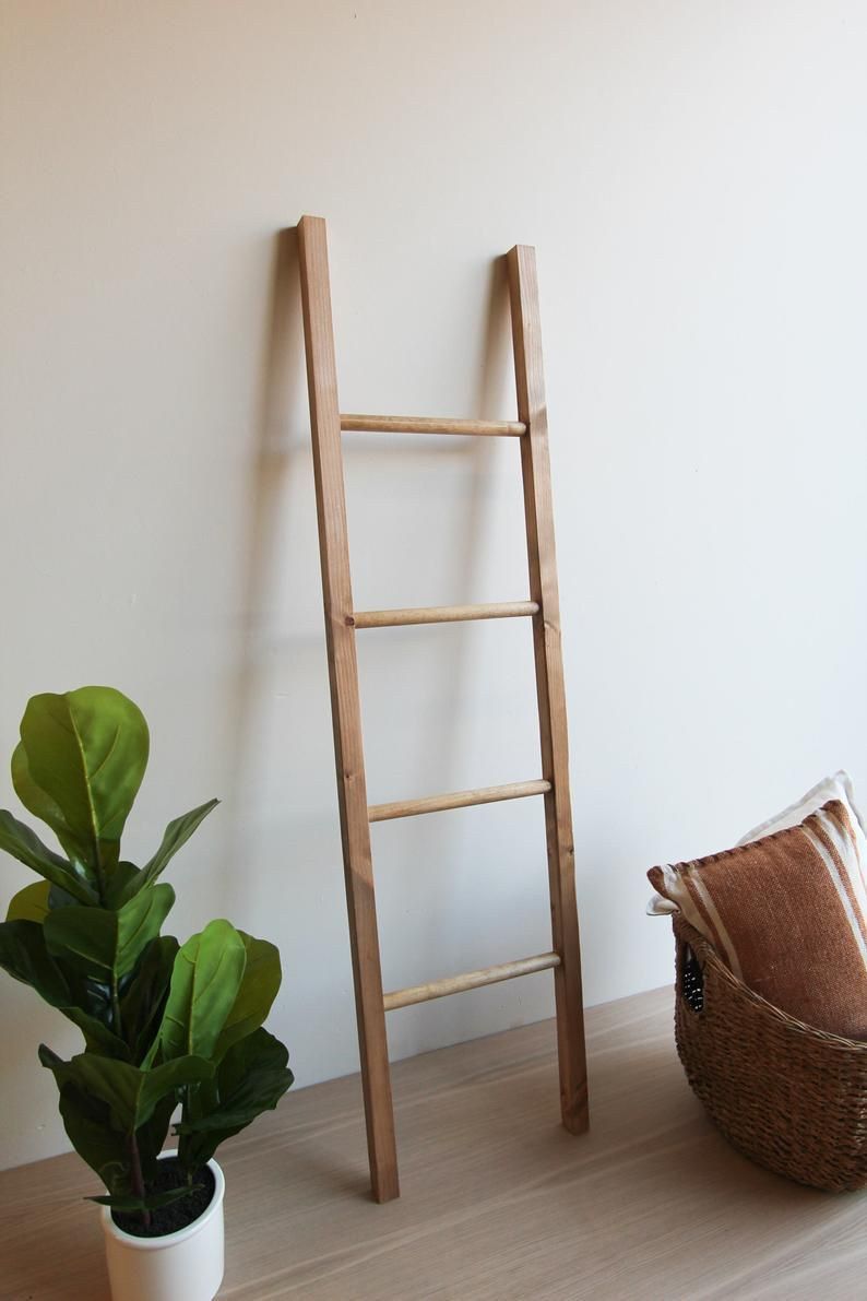 Wooden Blanket Storage Ladder Rustic Blanket Ladder Reclaimed Ladder Blanket Ladder Decor Home Dec In 2020 Blanket Storage Blanket Ladder Nursery Blanket Ladder