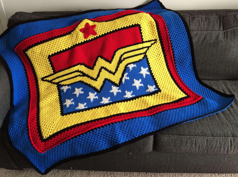 Wonder Woman crochet blanket pattern | Craft stuff! | Pinterest ...
