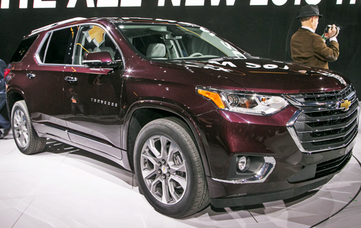 2019 Chevrolet Traverse Ls The Low Hanging Station Wagons Are Cool