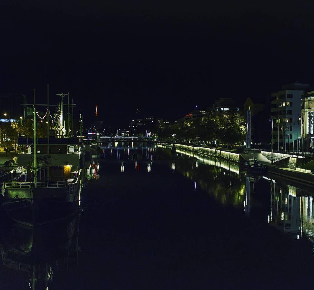 River Aura at night. Aurajoki yöllä.  #turku #aurajoki