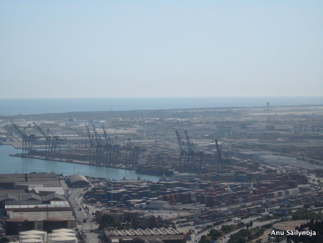 Trans Port as big as the City itself