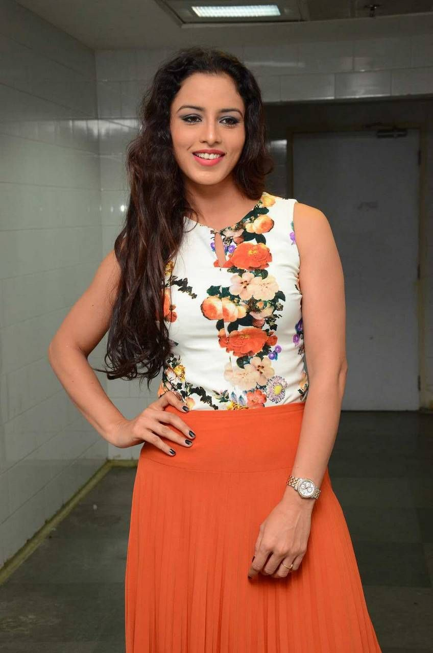 Suza - Latest Hot Photos | HQ Pics n Galleries