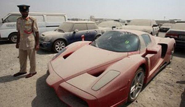 Police Sale Car Auction Ferrari Enzo Verlassene Autos Superauto In Dubai