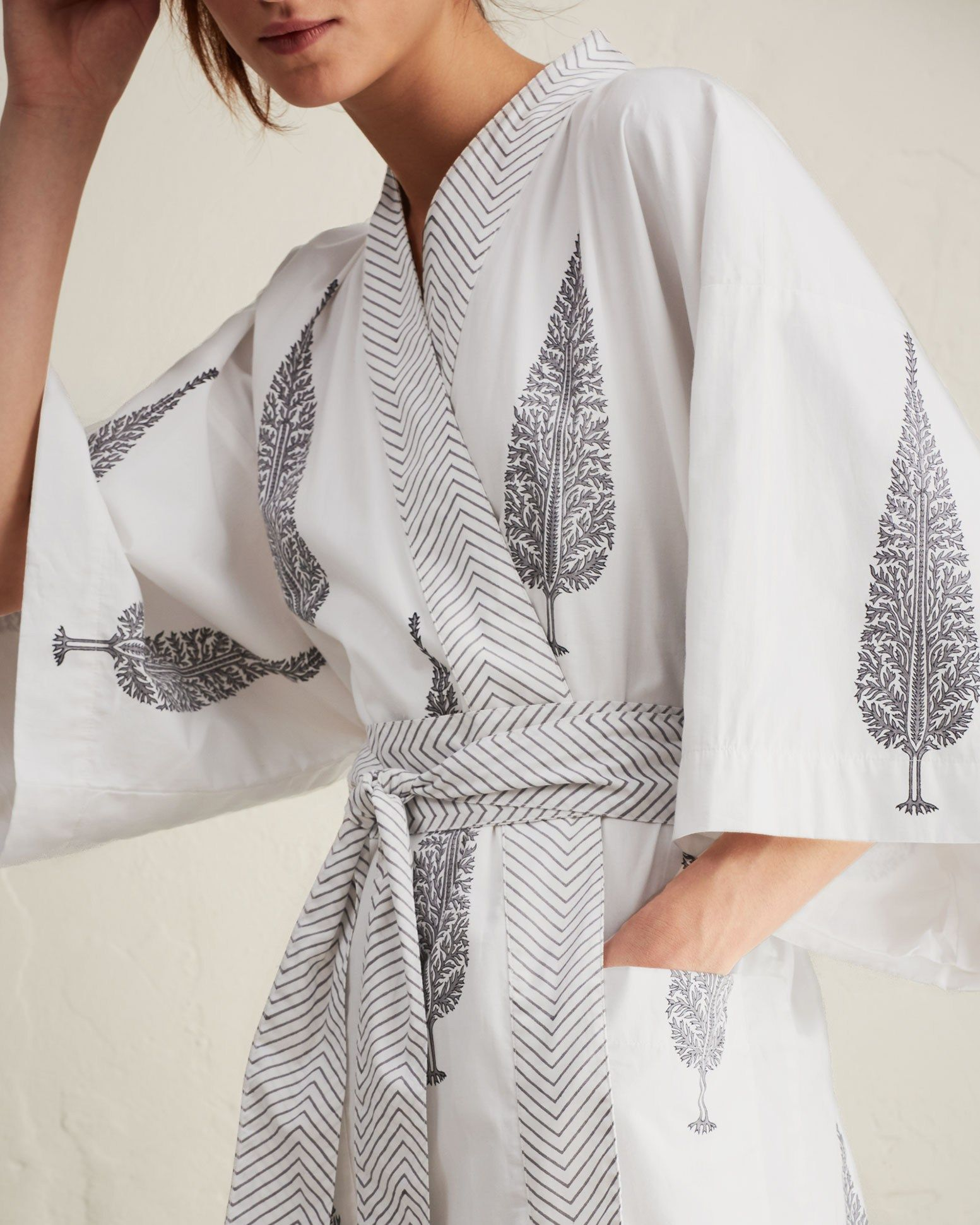578b63379c Beautiful hand block printed cotton. Crisp and lightweight. Contrasting  border. Kimono sleeves. Patch pockets. Wide wrappy tie.