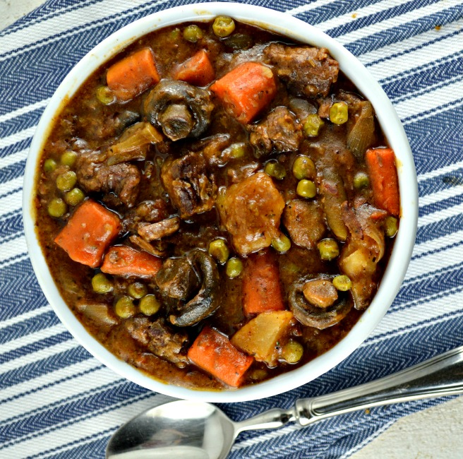 Photo of Easy Crock Pot Beef Stew (With Video!)